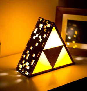 legend-of-zelda-triforce-lamp